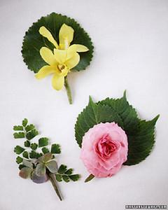 3_flower_pins_win96.jpg