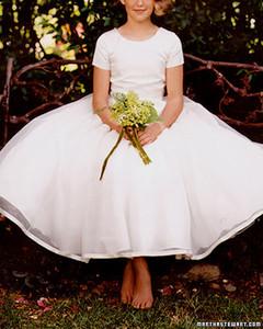 girl_w_bouquet_win96.jpg
