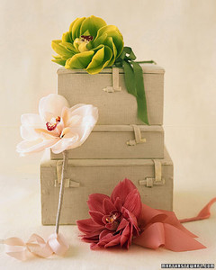 a100008_sum03_bouquets.jpg