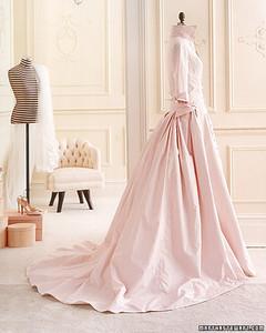 wa101826_wntr06_dress06.jpg
