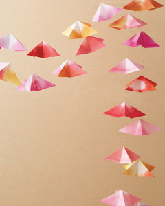 origami-garland-mwd108136.jpg
