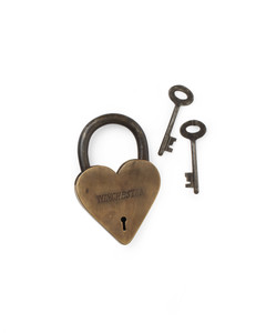 paris-locks-paris-002-mwd108998.jpg