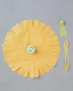tissue-paper-flower-2-mwd108422.jpg