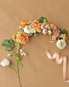 maggie-bryan-flower-hair-wreath-002-mwd110020.jpg