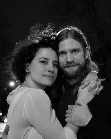 Ilana Glazer and David Rooklin Wedding Photo
