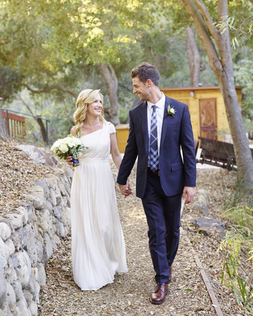 Angela Kinsey and Joshua Snyder
