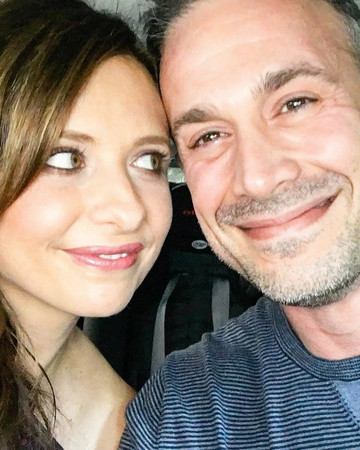 Sarah Michelle Gellar and Freddie Prinze Jr. Selfie