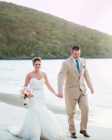 bride groom beach
