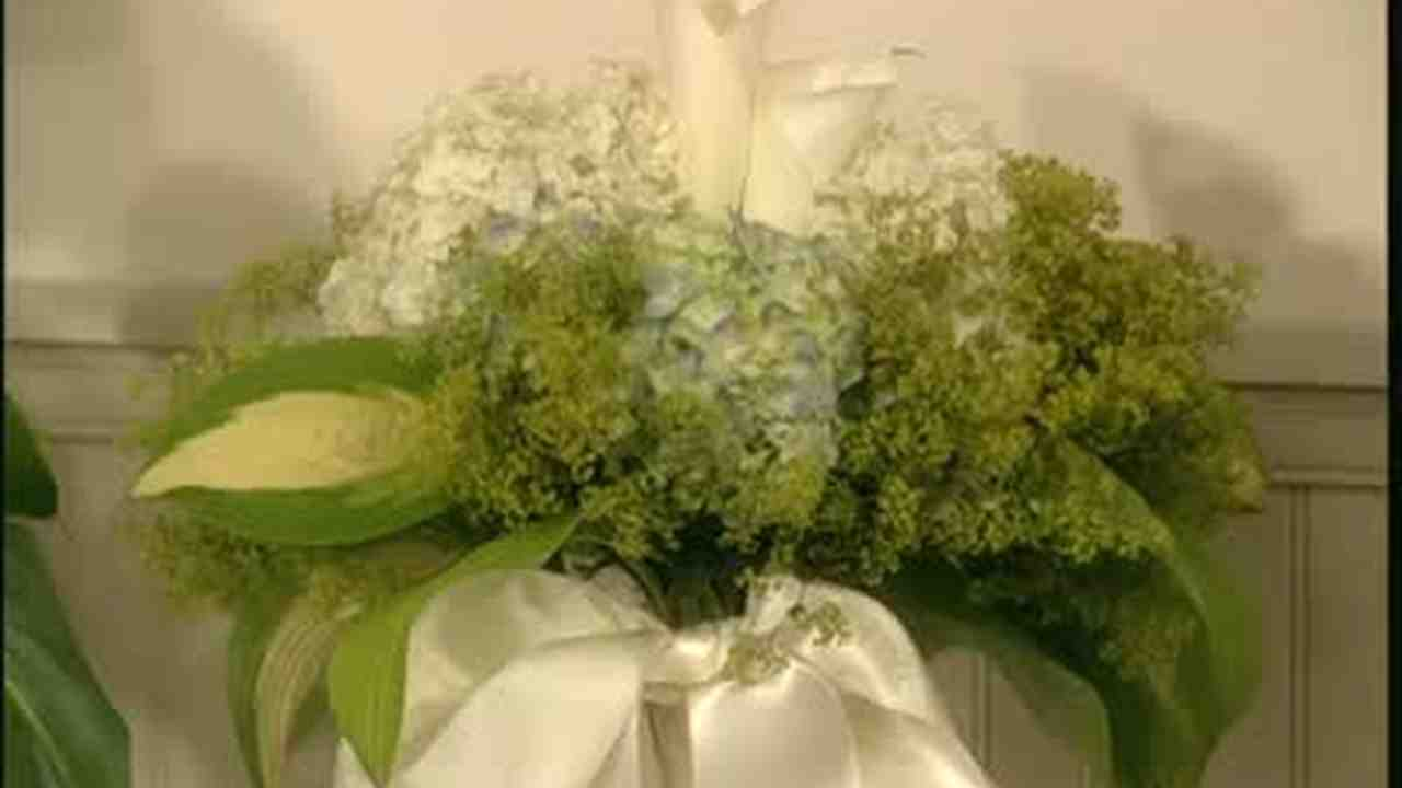 Video Handmade Bridal Bouquet Martha Stewart Weddings