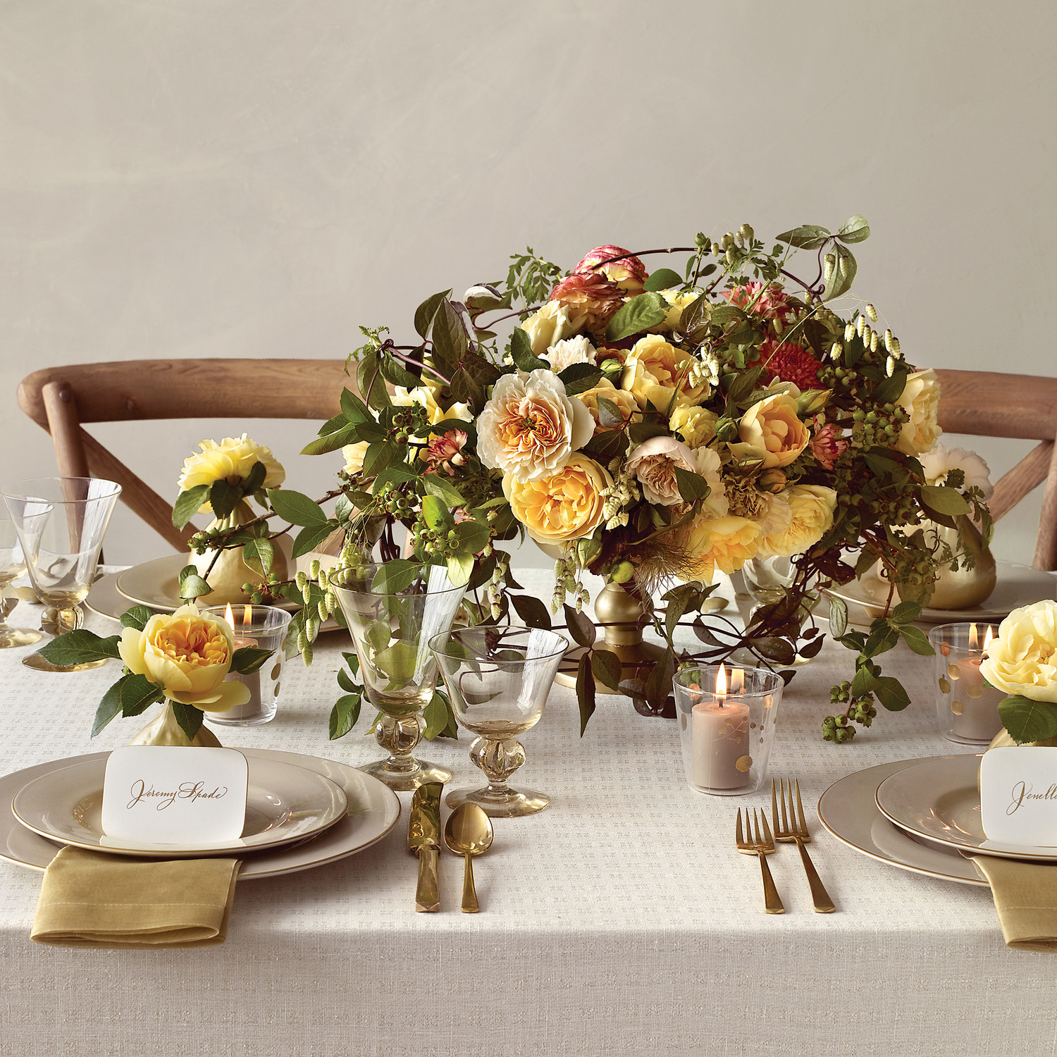 Ideas For Wedding Flowers: Earthy Wedding Flower Ideas