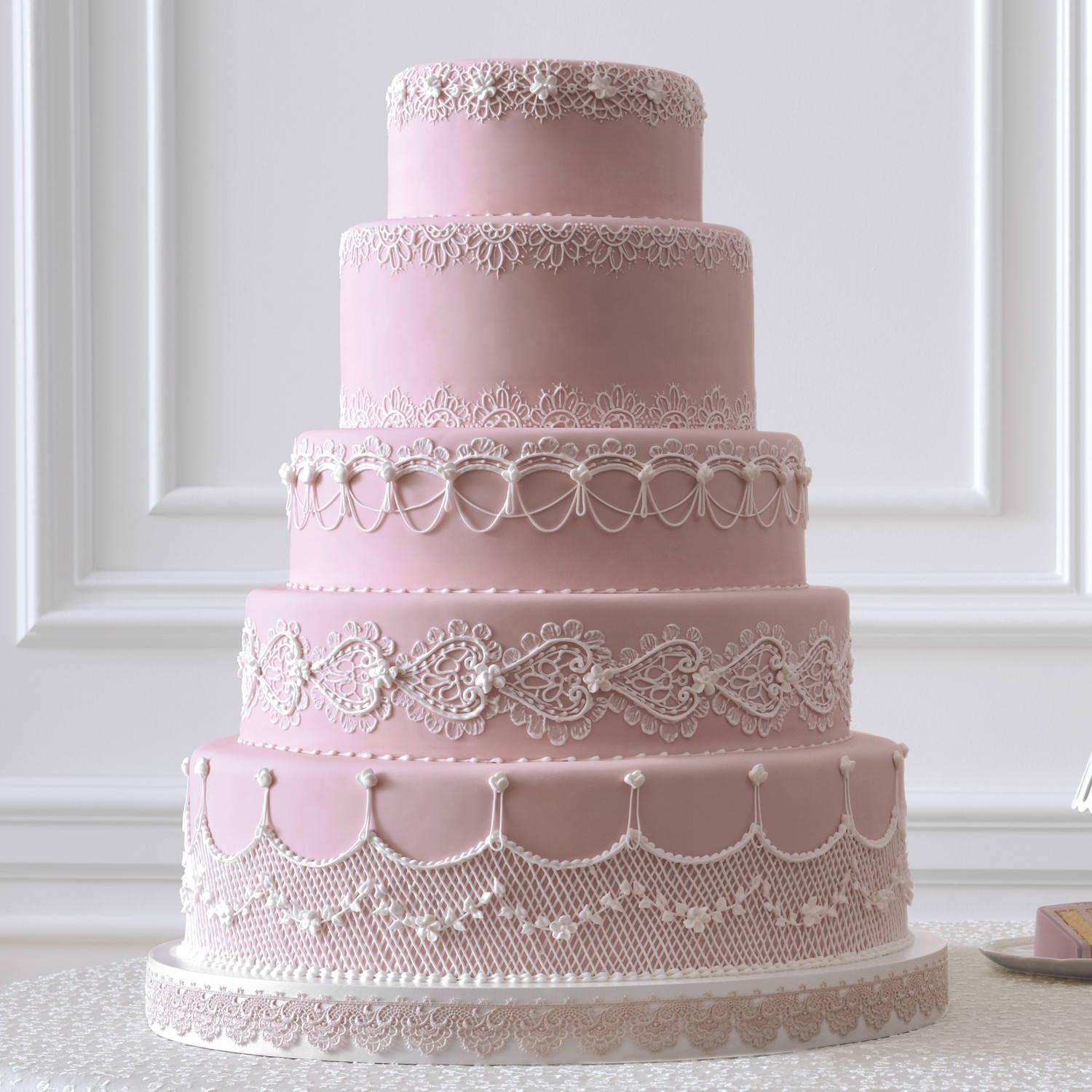 Wedding Cakes: The Masters Of The Wedding Cake