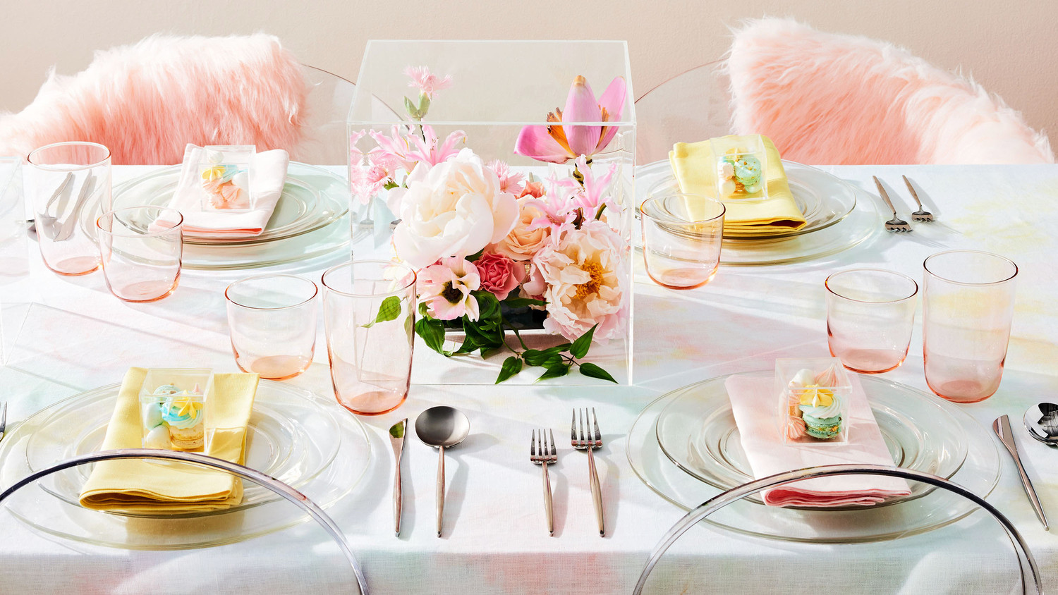 pale pastel tablescape