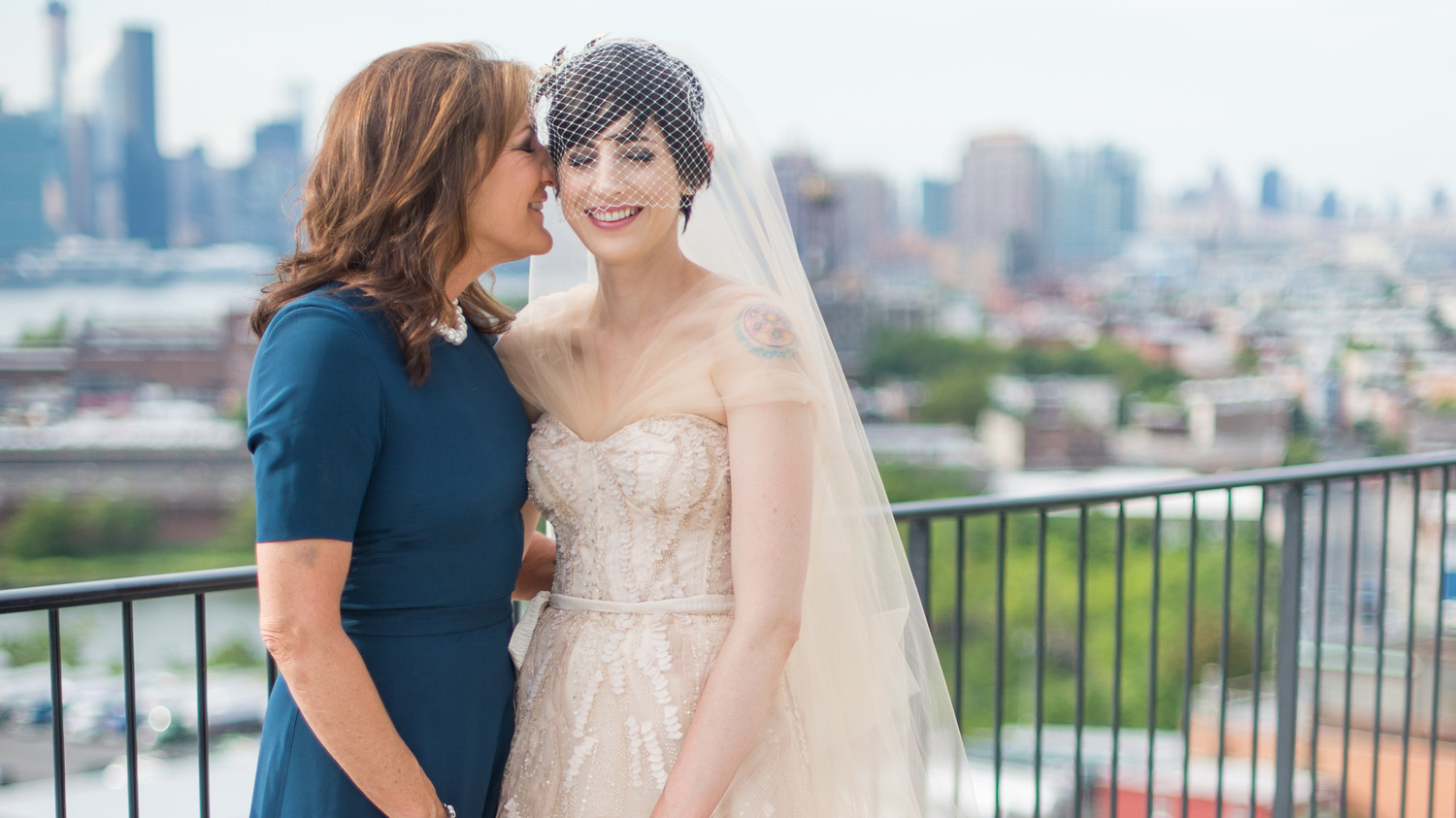5 Ways To Give Your Mom A Bigger Role In Your Wedding