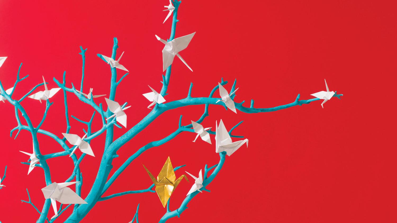 lucky-wedding-ideas-paper-crane-tree-072-d112929.jpg