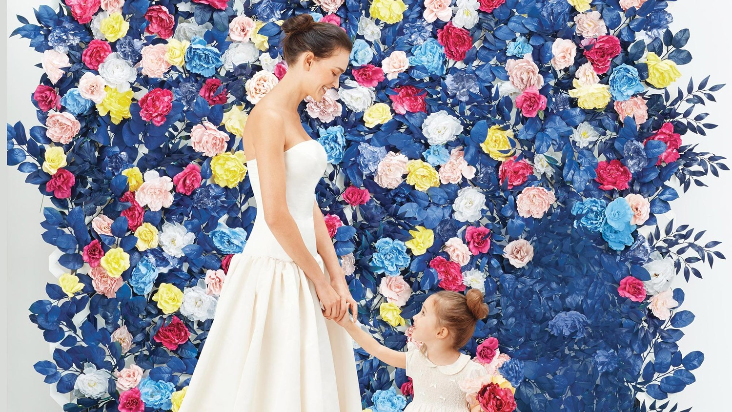 Flower Wall How To Create A Faux Flower Wall For Your Wedding Martha Stewart