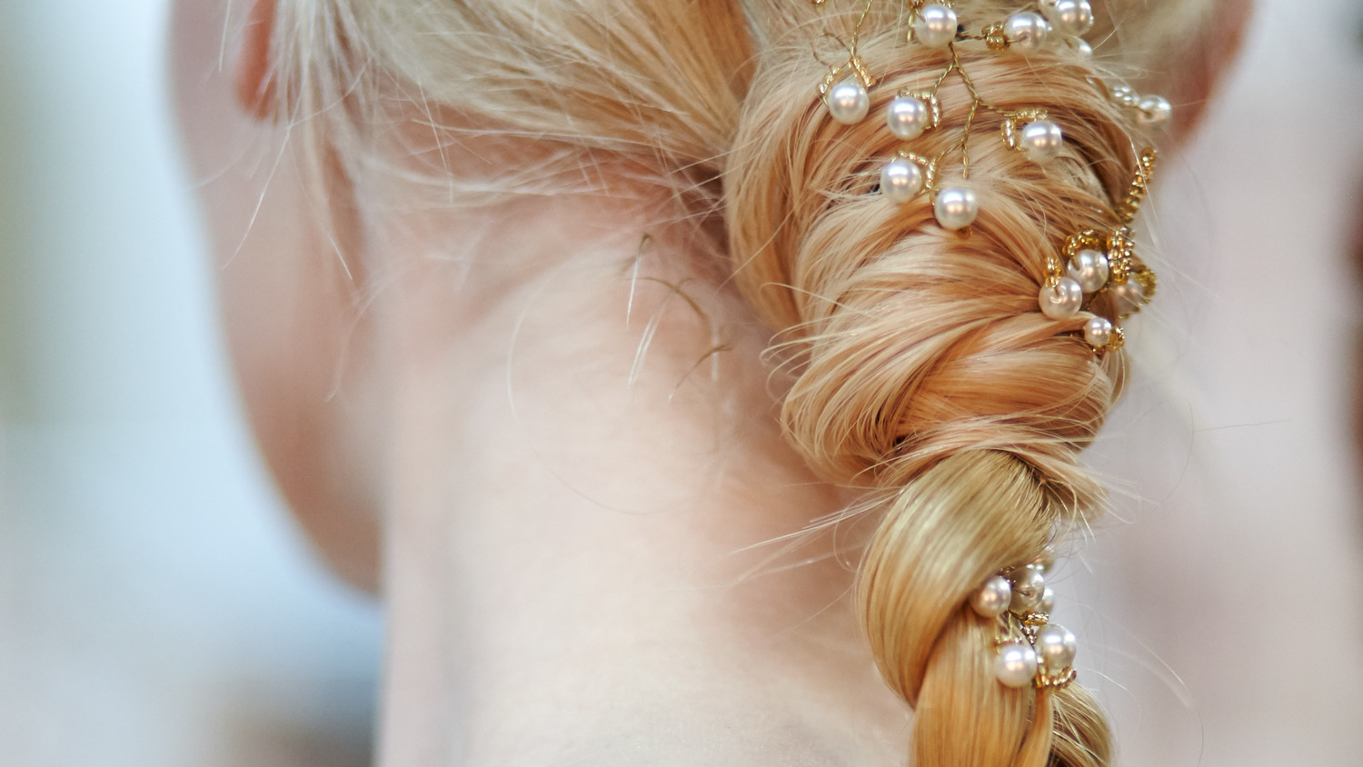 Bridal Hairstyles 2016: Wedding Hairstyles For Bows, Buds, Tiaras, And More From