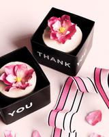 cake-favor-n-mwd1110557.jpg