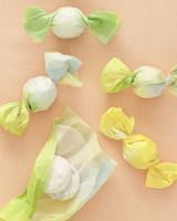 origami-favors-mwd108136.jpg