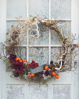 wreath-037-hero-mwd109594.jpg