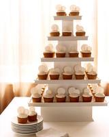 wa101590_win06_rm_cupcakes.jpg