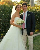 A Casual Green Wedding at a Yacht Club in Florida