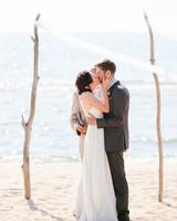 anne-shane-kiss-415-mwds110279.jpg