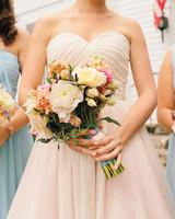 christy-jason-bouquet-mwds110102.jpg