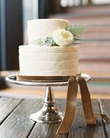 34 Small Wedding Cakes With a Big Presence