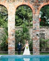 21 Fun Ideas for a Poolside Wedding