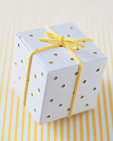 diy-favor-boxes-polka-dot-sum02-0715.jpg