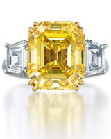 winston_64325_fancy_yellow_diamond_1.jpg