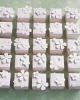 diy-favor-boxes-blossom-boxes-sp05-0715.jpg
