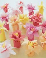 diy-floral-favors-flower-wrap-su01-0615.jpg