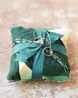 16 Stylish Wedding Ring Pillows