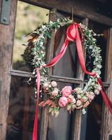 wreath-ribbon-jessicakirk426-mwds110827.jpg