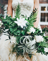 moira-dustin-real-wedding-bridal-bouquet.jpg