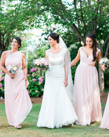 10 Fashion Faux Pas to Avoid on Your Wedding Day
