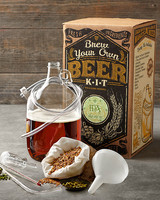 holiday-gift-guide-groomsmen-beerkit-1215.jpg