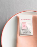 diy-floral-favors-sweet-pea-pods-sp10-0615.jpg