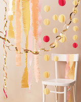 diy-tools-of-the-trade-garlands-089-mwd110941.jpg