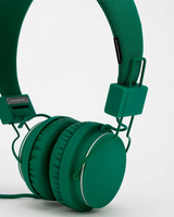 groomsmen-gift-ideas-urbanears-headphones-0614.jpg
