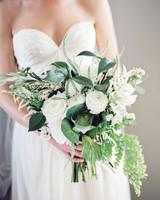 mackenzie-ian-wedding-bouquet-064-s112461-0116.jpg