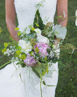 lilly-carter-wedding-bouquet-00220-s112037-0715.jpg