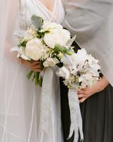 winter-bouquets-real-weddings-kathryn-ryan-1114.jpg