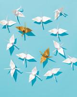 lucky-wedding-ideas-paper-cranes-opener-019-d112929.jpg