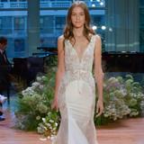 Monique Lhuillier Bow Wedding Dress