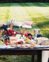 mfiona-peter-wedding-vermont-cheese-platter-with-fruit-9637.13.2015.47-d112512.jpg