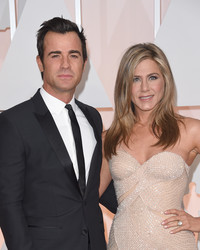 Justin Theroux Supports Jennifer Aniston in a Sweet #WCW Post