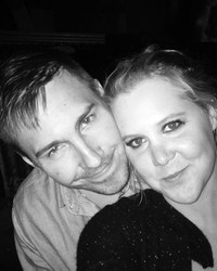 Amy Schumer & Ben Hanisch's Anniversary Trip Went Terribly (and Hilariously) Wrong
