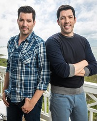 """The """"Property Brothers"""" Are Doing the Sweetest Thing for Their Parents' 50th Anniversary"""